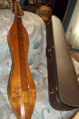 Handcrafted Dulcimer in Baytown, Texas