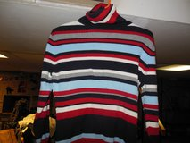 Tommy Hilfeger Gap  Sweater in Algonquin, Illinois